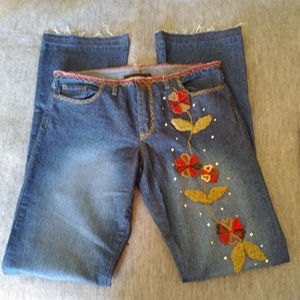 Bebe Woman's Embroidered Jeans